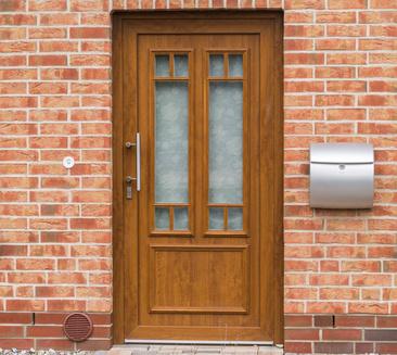 Holzhaustüren und Einbruchschutz müssen sich nicht widersprechen